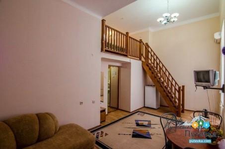 Семейный 3-местный 2-уровневый без балкона, фото 3