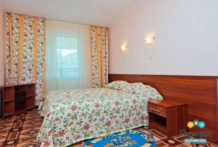 Номер 2-местный 2-комнатный категории Б, фото 1
