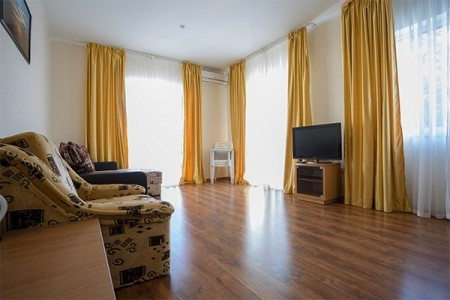 Улучшенный 2-местный 2-комнатный 3 этаж, корпус  Диана, фото 1