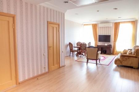 Сюит 2-местный 3-комнатный , фото 3