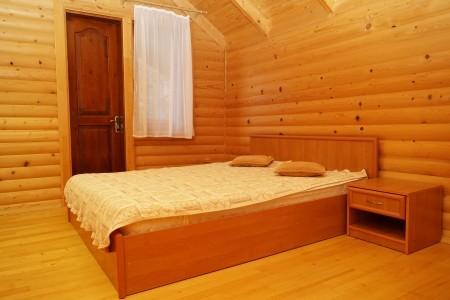 Коттедж 4-местный (деревянный сруб), фото 1