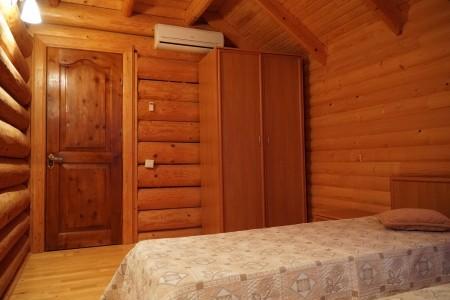 Коттедж 4-местный (деревянный сруб), фото 3