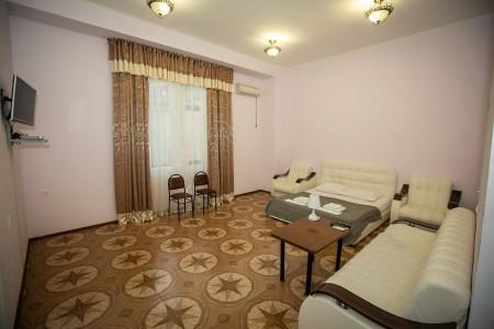Полулюкс 2-местный 1-комнатный, 1 этаж, без балкона, фото 2