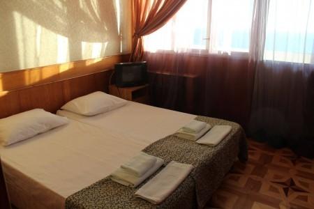 Люкс 4-местный 3-комнатный (вид на море), фото 3
