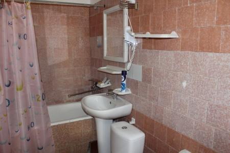 Люкс 4-местный 3-комнатный (вид на море), фото 4