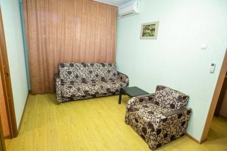 Люкс 4-местный 3-комнатный