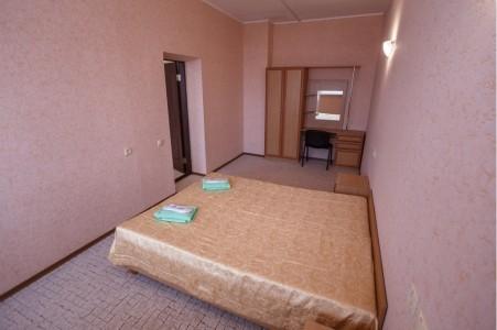 Джуниор Сюит 4-местный 2-комнатный, фото 1