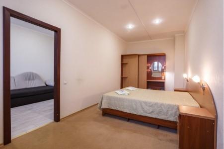 Люкс 4-местный 2-комнатный, фото 3
