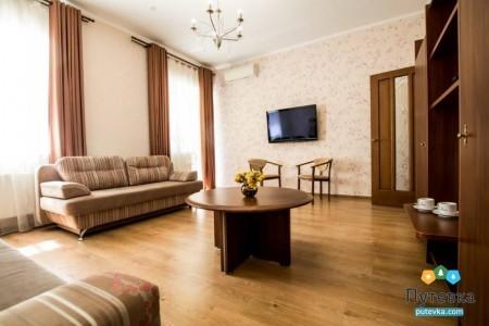 Семейный 4-местный 2-комнатный корпус 1 (с кухней), фото 3
