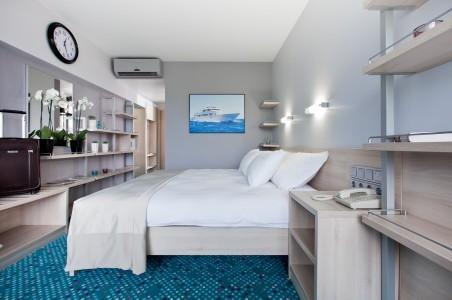Стандарт улучшенный 2-местный с двуспальной кроватью, фото 1