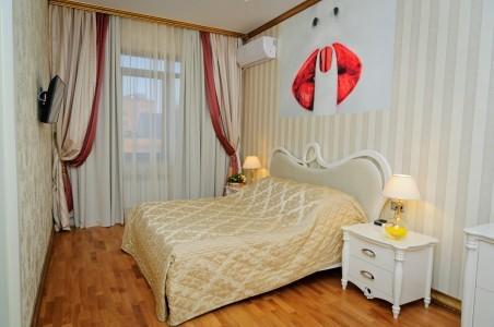 Люкс Романтический 2-местный 2-комнатный, фото 1