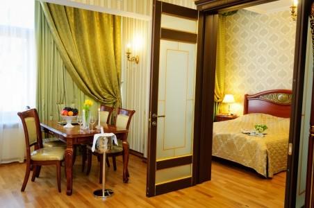 Люкс Синдика 2-местный 2-комнатный, фото 6