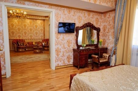 Королевский Люкс 2-местный 2-комнатный, фото 4